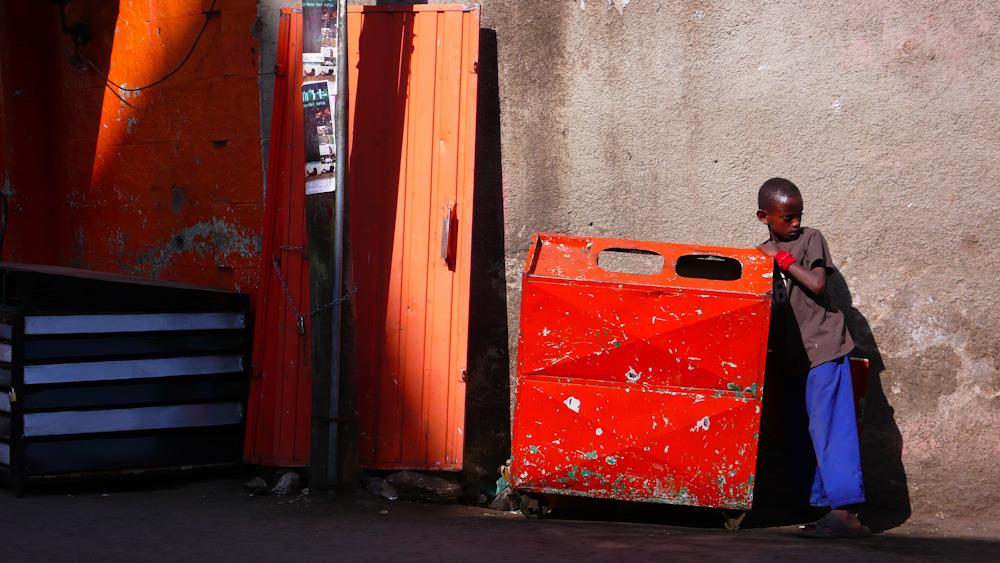 dans une rue d'Addis Abeba